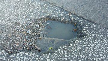 Pothole patch repair Barton